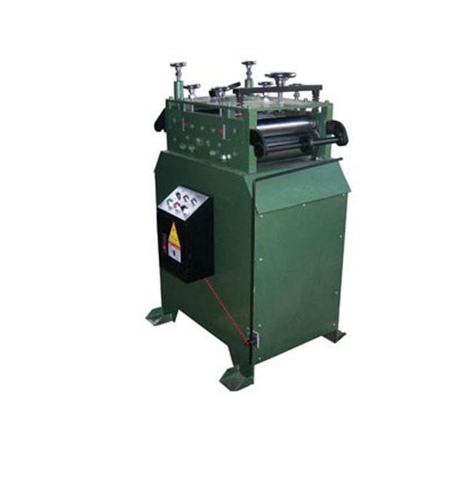 CL材料矫正机